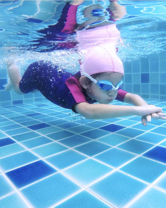scuola-nuoto-si-vende-da-sola-magazine-wellink